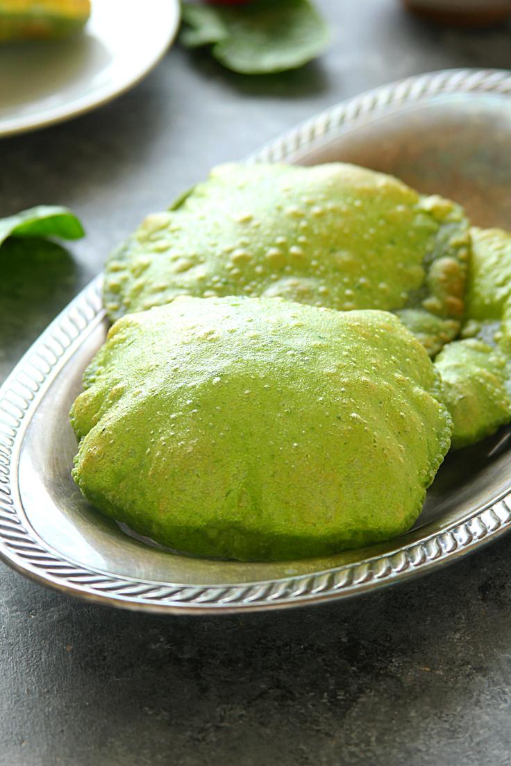 Palak Puri & Tomato Chutney